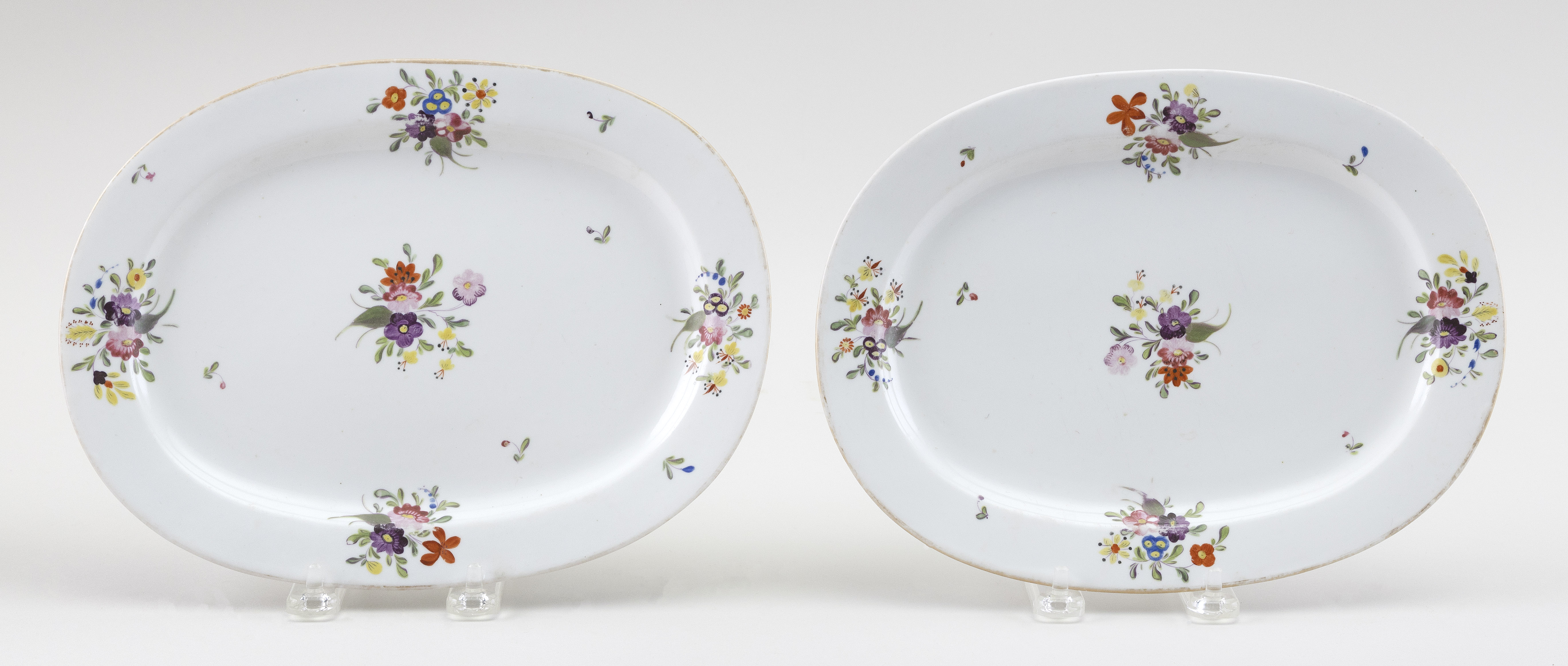 """PAIR OF ENGLISH PORCELAIN SERVING DISHES Circa 1800 Lengths 10.25""""."""