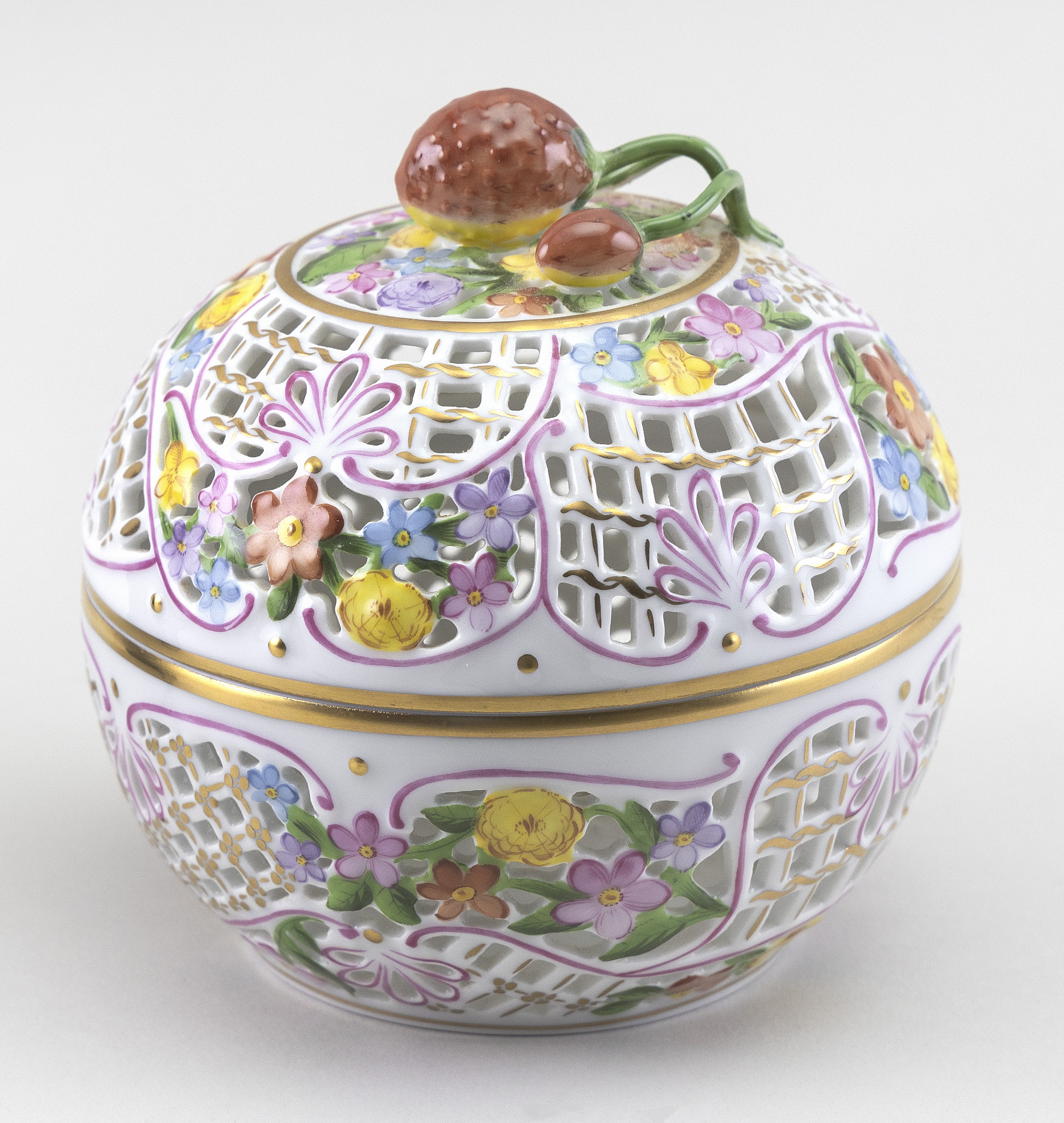 """HEREND PORCELAIN BONBONNIERE Hungary, 20th Century Height 4.75""""."""