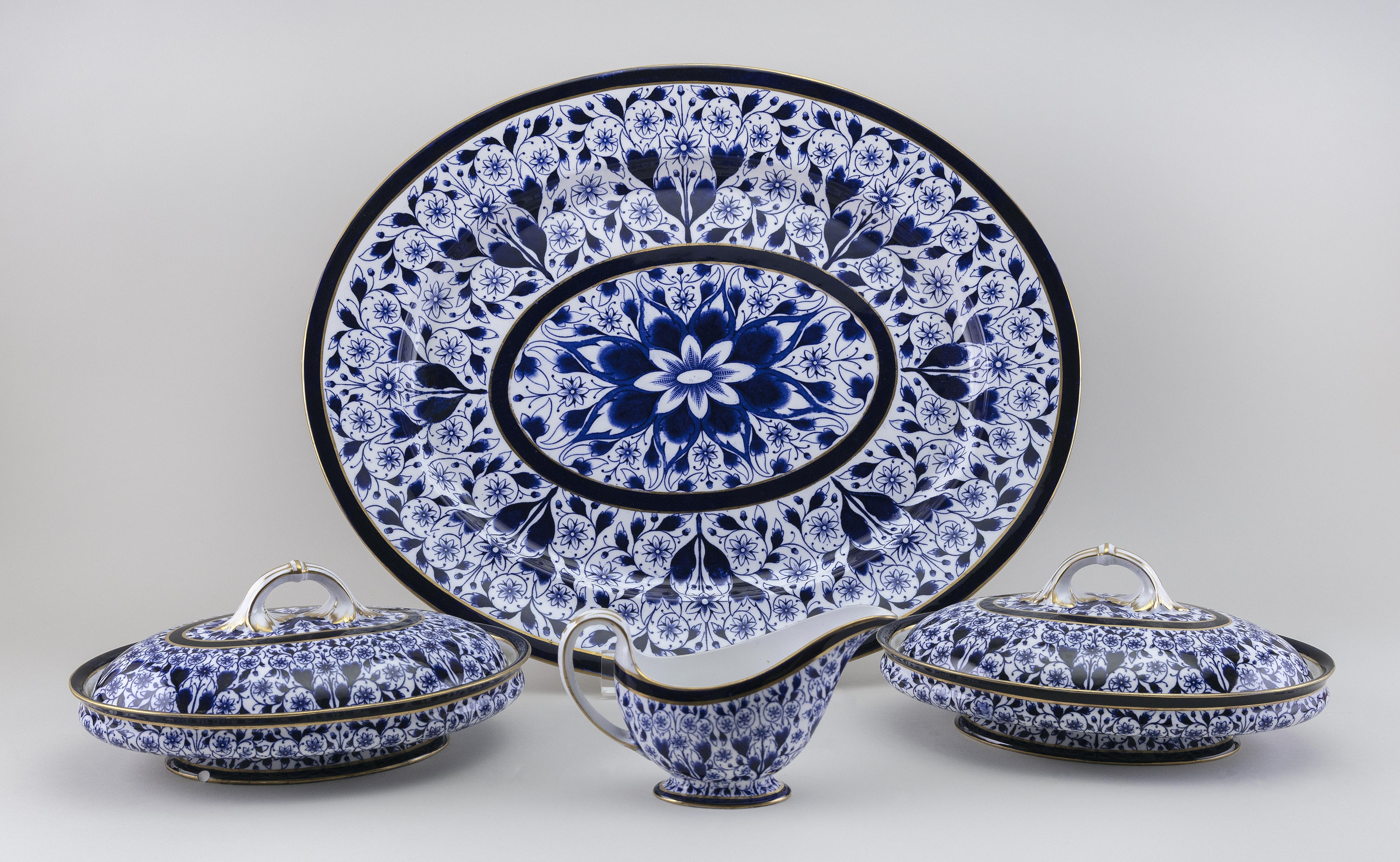 """FOUR PIECES OF ROYAL CROWN DERBY """"DERBY LILY"""" PORCELAIN SERVING PIECES England, Late 19th Century"""