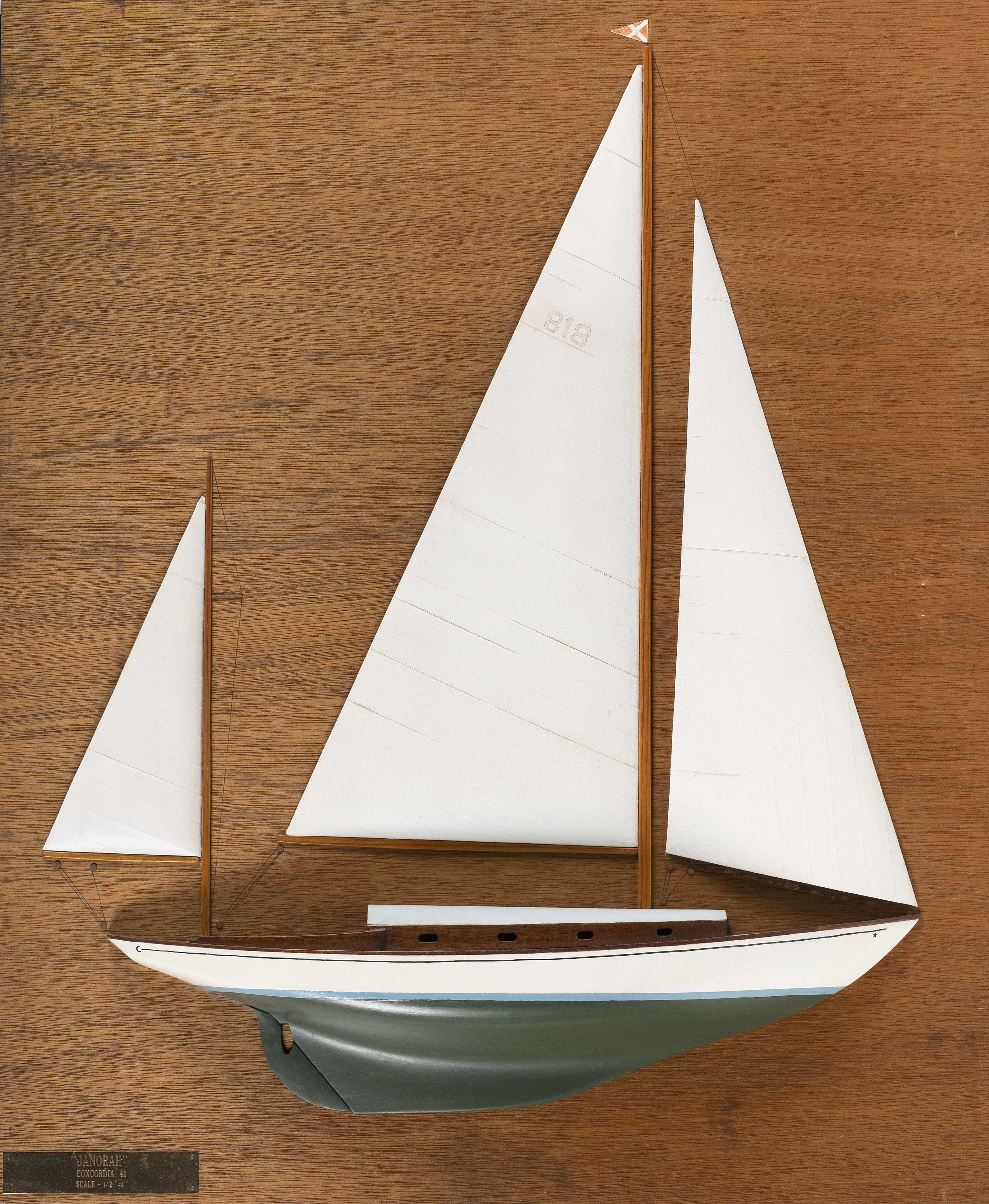 MOUNTED HALF HULL MODEL OF THE SAILBOAT