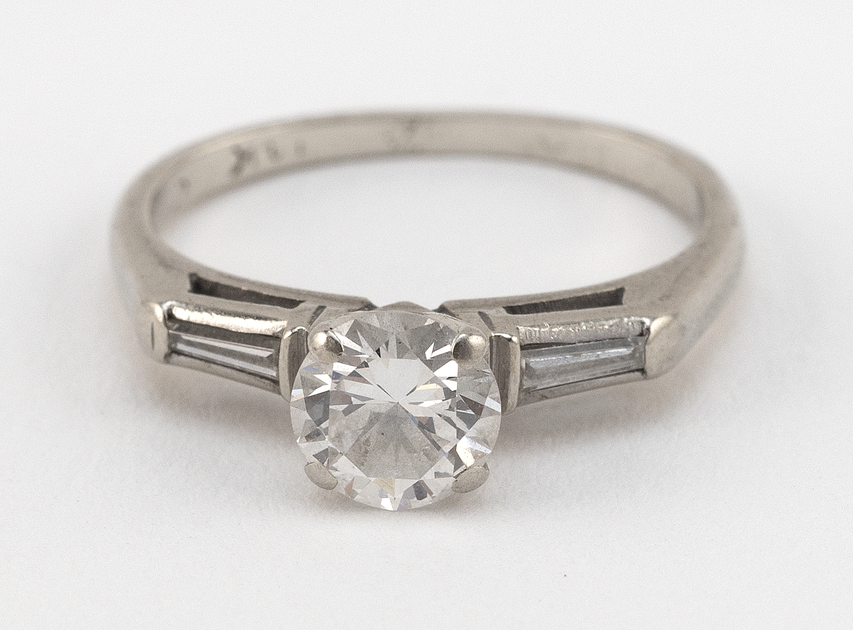 VINTAGE 14KT WHITE GOLD AND DIAMOND SOLITAIRE Approx. 1.34 total dwt.
